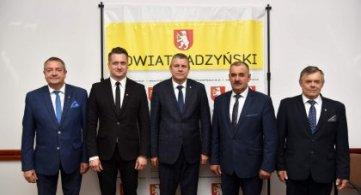 Jednogłośne wotum zaufania i absolutorium dla Zarządu Powiatu Radzyńskiego